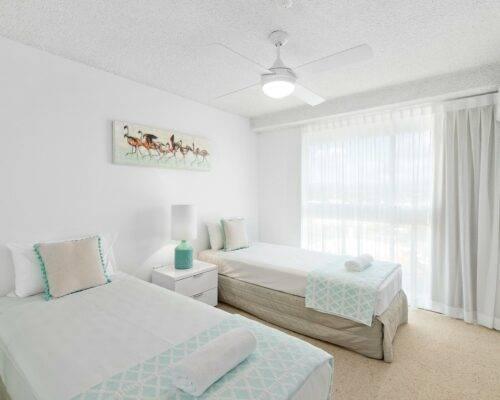 2-bedroom-AC-ocean-view-(2)