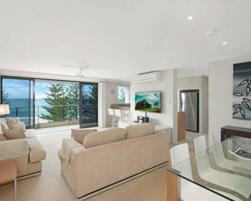 2-bedroom-superior-AC-ocean-view-(3)